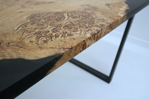 oak resin tables